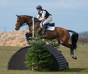 Jeanette Brakewell (GBR) riding Lets Dance