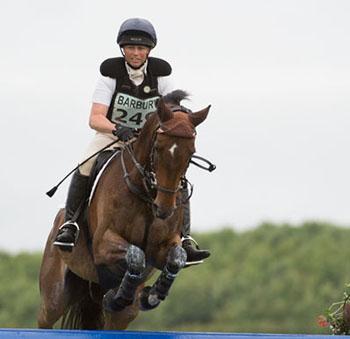 Jeanette Brakewell (GBR) riding Kec Salza